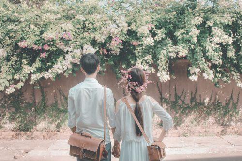 couple-flowers