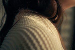 girl-cardigan-light