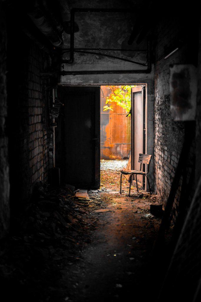 κλειστές πόρτες
